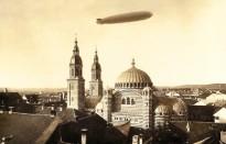 LZ 127 deasupra catedralei ortodoxe din Sibiu, 16 octombrie 1929